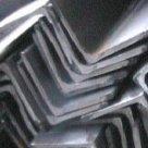 Уголок алюминиевый ГОСТ 22233-93 марка АД31Т, АД31Т5, АМг6, АМг5, АД0, АМг4 в Москве