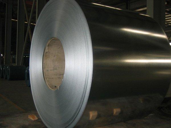 Лист стальной в рулоне 1 х 600 мм 12х18н10т