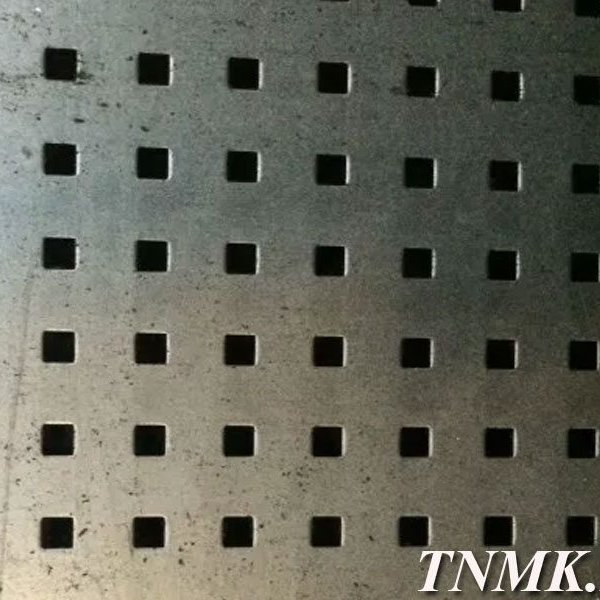 Лист перфорированный алюминиевый 1,5х1200х3000 мм Qg 10,0-15,0