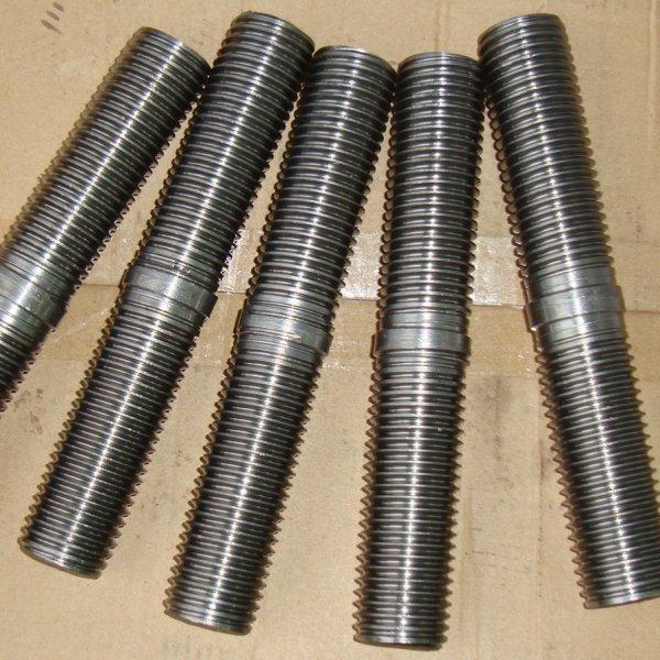 Шпильки для фланцевых соединений, ГОСТ 9066-75