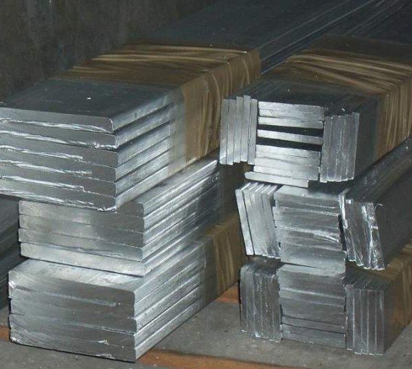 Рейка алюминиевая прижимная краевая вертикальная потолочная рельсовая контрольная нивелирная телескопическая