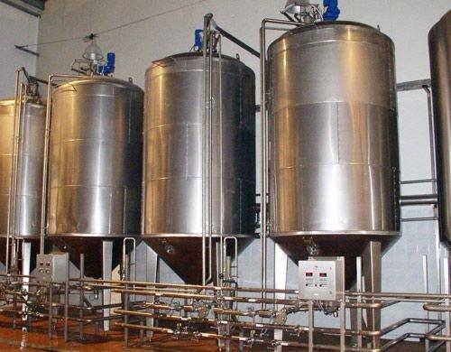 Емкость для хранения сыпучих материалов для нефтехимической промышленности V= 3 м3, Р- атмосферное